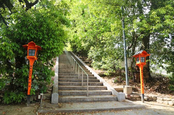上新田天神社の境内写真