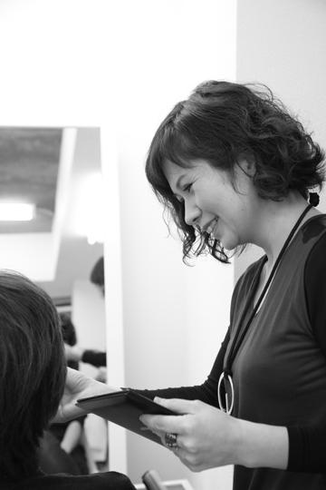 フォトスタジオHONEY&CRUNCHのスタイリスト・美容師のHIROKO