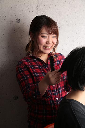 フォトスタジオHONEY&CRUNCHのスタイリスト・美容師のMIHO