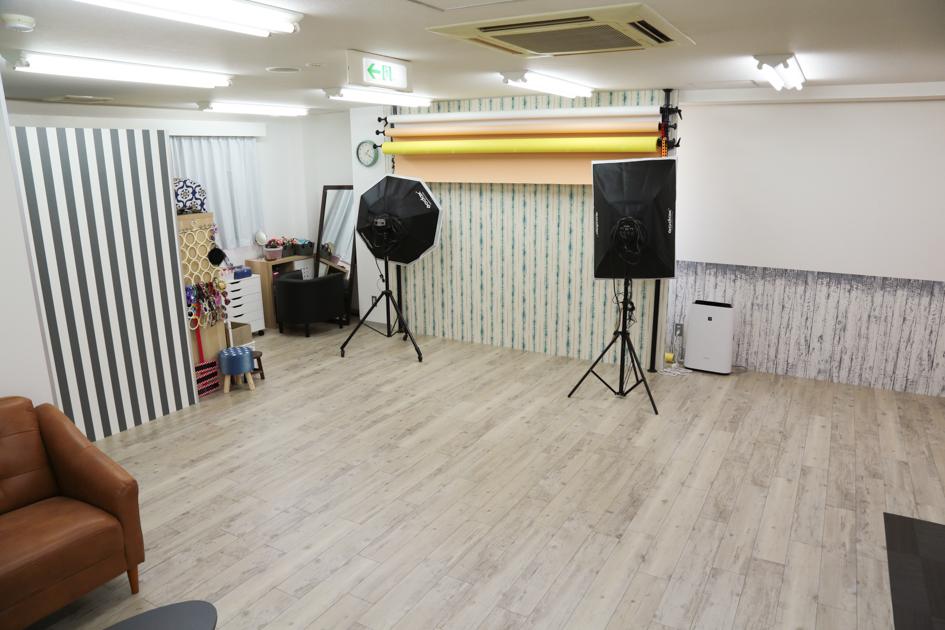 成人式フォトスタジオハニーアンドクランチ堺東駅前店の店舗室内写真