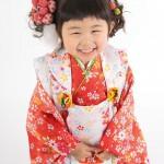 大阪の七五三写真撮影スタジオ・ハニーアンドクランチの3歳女の子和装のフォトギャラリーA054
