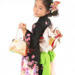 大阪の七五三写真撮影スタジオ・ハニーアンドクランチの7歳女の子和装のフォトギャラリーB092