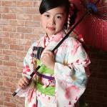 大阪の七五三写真撮影スタジオ・ハニーアンドクランチの7歳女の子和装のフォトギャラリーB111