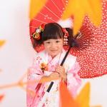 大阪の七五三写真撮影スタジオ・ハニーアンドクランチの3歳女の子和装のフォトギャラリーA024