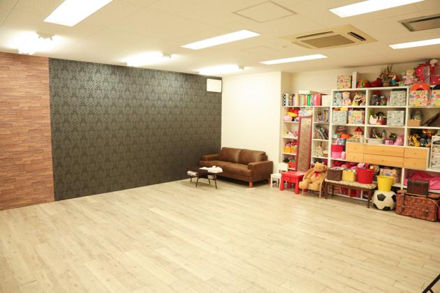 こども写真館HONEY&CRUNCHの神戸三宮・生田神社店のAスタジオ写真03