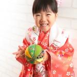 大阪の七五三写真撮影スタジオ・ハニーアンドクランチの3歳女の子和装のフォトギャラリーA043