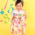 大阪の七五三写真撮影スタジオ・ハニーアンドクランチの3歳女の子和装のフォトギャラリーA056