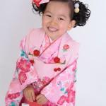 大阪の七五三写真撮影スタジオ・ハニーアンドクランチの3歳女の子和装のフォトギャラリーA060