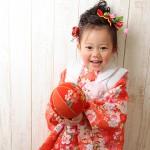 大阪の七五三写真撮影スタジオ・ハニーアンドクランチの3歳女の子和装のフォトギャラリーA070