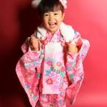 大阪の七五三写真撮影スタジオ・ハニーアンドクランチの3歳女の子和装のフォトギャラリーA076