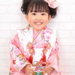 大阪の七五三写真撮影スタジオ・ハニーアンドクランチの3歳女の子和装のフォトギャラリーA089