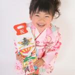 大阪の七五三写真撮影スタジオ・ハニーアンドクランチの3歳女の子和装のフォトギャラリーA092