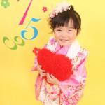 大阪の七五三写真撮影スタジオ・ハニーアンドクランチの3歳女の子和装のフォトギャラリーA093