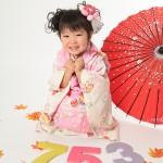 大阪の七五三写真撮影スタジオ・ハニーアンドクランチの3歳女の子和装のフォトギャラリーA117