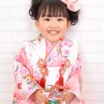 大阪の七五三写真撮影スタジオ・ハニーアンドクランチの3歳女の子和装のフォトギャラリーA118