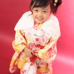 大阪の七五三写真撮影スタジオ・ハニーアンドクランチの3歳女の子和装のフォトギャラリーA122