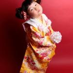 大阪の七五三写真撮影スタジオ・ハニーアンドクランチの3歳女の子和装のフォトギャラリーA145