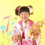 大阪の七五三写真撮影スタジオ・ハニーアンドクランチの3歳女の子和装のフォトギャラリーA152