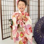 大阪の七五三写真撮影スタジオ・ハニーアンドクランチの3歳女の子和装のフォトギャラリーA235