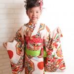 大阪の七五三写真撮影スタジオ・ハニーアンドクランチの7歳女の子和装のフォトギャラリーB007
