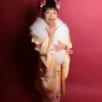 大阪の七五三写真撮影スタジオ・ハニーアンドクランチの7歳女の子和装のフォトギャラリーB048