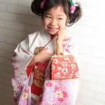 大阪の七五三写真撮影スタジオ・ハニーアンドクランチの7歳女の子和装のフォトギャラリーB051