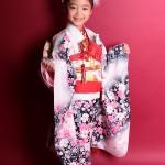 大阪の七五三写真撮影スタジオ・ハニーアンドクランチの7歳女の子和装のフォトギャラリーB053