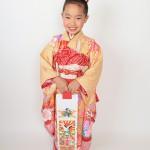 大阪の七五三写真撮影スタジオ・ハニーアンドクランチの7歳女の子和装のフォトギャラリーB063