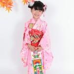 大阪の七五三写真撮影スタジオ・ハニーアンドクランチの7歳女の子和装のフォトギャラリーB075