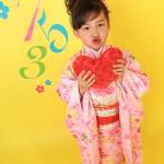大阪の七五三写真撮影スタジオ・ハニーアンドクランチの7歳女の子和装のフォトギャラリーB086