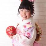 大阪の七五三写真撮影スタジオ・ハニーアンドクランチの7歳女の子和装のフォトギャラリーB136