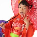 大阪の七五三写真撮影スタジオ・ハニーアンドクランチの7歳女の子和装のフォトギャラリーB137