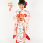 大阪の七五三写真撮影スタジオ・ハニーアンドクランチの7歳女の子和装のフォトギャラリーB238