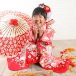 大阪の七五三写真撮影スタジオ・ハニーアンドクランチの7歳女の子和装のフォトギャラリーB247
