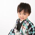 大阪の七五三写真撮影スタジオ・ハニーアンドクランチの男の子の和装のフォトギャラリーC055