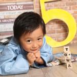 大阪の七五三写真撮影スタジオ・ハニーアンドクランチの男の子の和装のフォトギャラリーC067