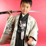 大阪の七五三写真撮影スタジオ・ハニーアンドクランチの男の子の和装のフォトギャラリーC120