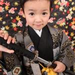 大阪の七五三写真撮影スタジオ・ハニーアンドクランチの男の子の和装のフォトギャラリーC141