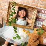大阪の七五三写真撮影スタジオ・ハニーアンドクランチの3歳女の子洋装(ドレス・きぐるみ)のフォトギャラリーD039