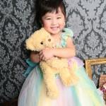 大阪の七五三写真撮影スタジオ・ハニーアンドクランチの3歳女の子洋装(ドレス・きぐるみ)のフォトギャラリーD043