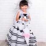 大阪の七五三写真撮影スタジオ・ハニーアンドクランチの3歳女の子洋装(ドレス・きぐるみ)のフォトギャラリー