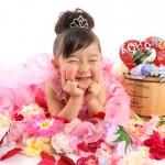 大阪の七五三写真撮影スタジオ・ハニーアンドクランチの3歳女の子洋装(ドレス・きぐるみ)のフォトギャラリーD052