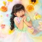 大阪の七五三写真撮影スタジオ・ハニーアンドクランチの3歳女の子洋装(ドレス・きぐるみ)のフォトギャラリーD064