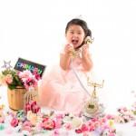 大阪の七五三写真撮影スタジオ・ハニーアンドクランチの3歳女の子洋装(ドレス・きぐるみ)のフォトギャラリーD242