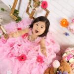 大阪の七五三写真撮影スタジオ・ハニーアンドクランチの3歳女の子洋装(ドレス・きぐるみ)のフォトギャラリーD250