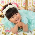 大阪の七五三写真撮影スタジオ・ハニーアンドクランチの3歳女の子洋装(ドレス・きぐるみ)のフォトギャラリーD258