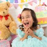 大阪の七五三写真撮影スタジオ・ハニーアンドクランチの3歳女の子洋装(ドレス・きぐるみ)のフォトギャラリーD269