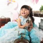 大阪の七五三写真撮影スタジオ・ハニーアンドクランチの3歳女の子洋装(ドレス・きぐるみ)のフォトギャラリーD271