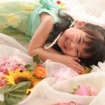大阪の七五三写真撮影スタジオ・ハニーアンドクランチの3歳女の子洋装(ドレス・きぐるみ)のフォトギャラリーD274