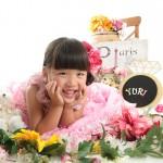 大阪の七五三写真撮影スタジオ・ハニーアンドクランチの3歳女の子洋装(ドレス・きぐるみ)のフォトギャラリーD275